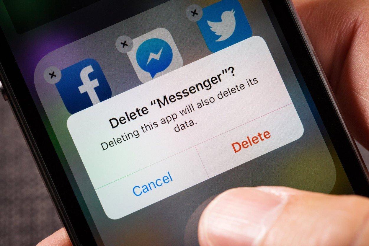 Facebook prisluškuje