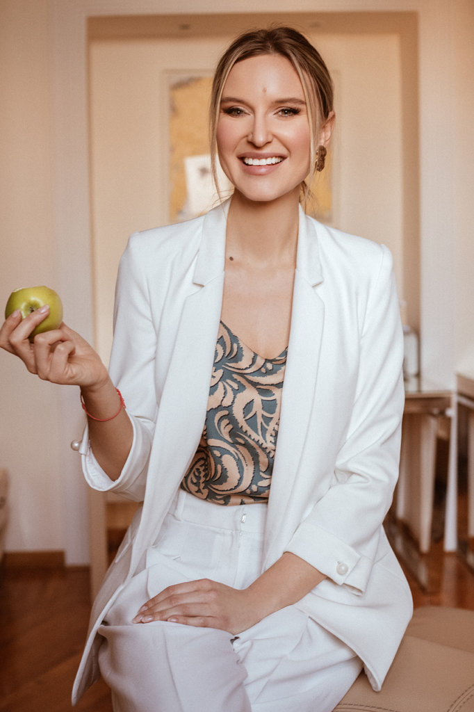 Dr Mona Maličević