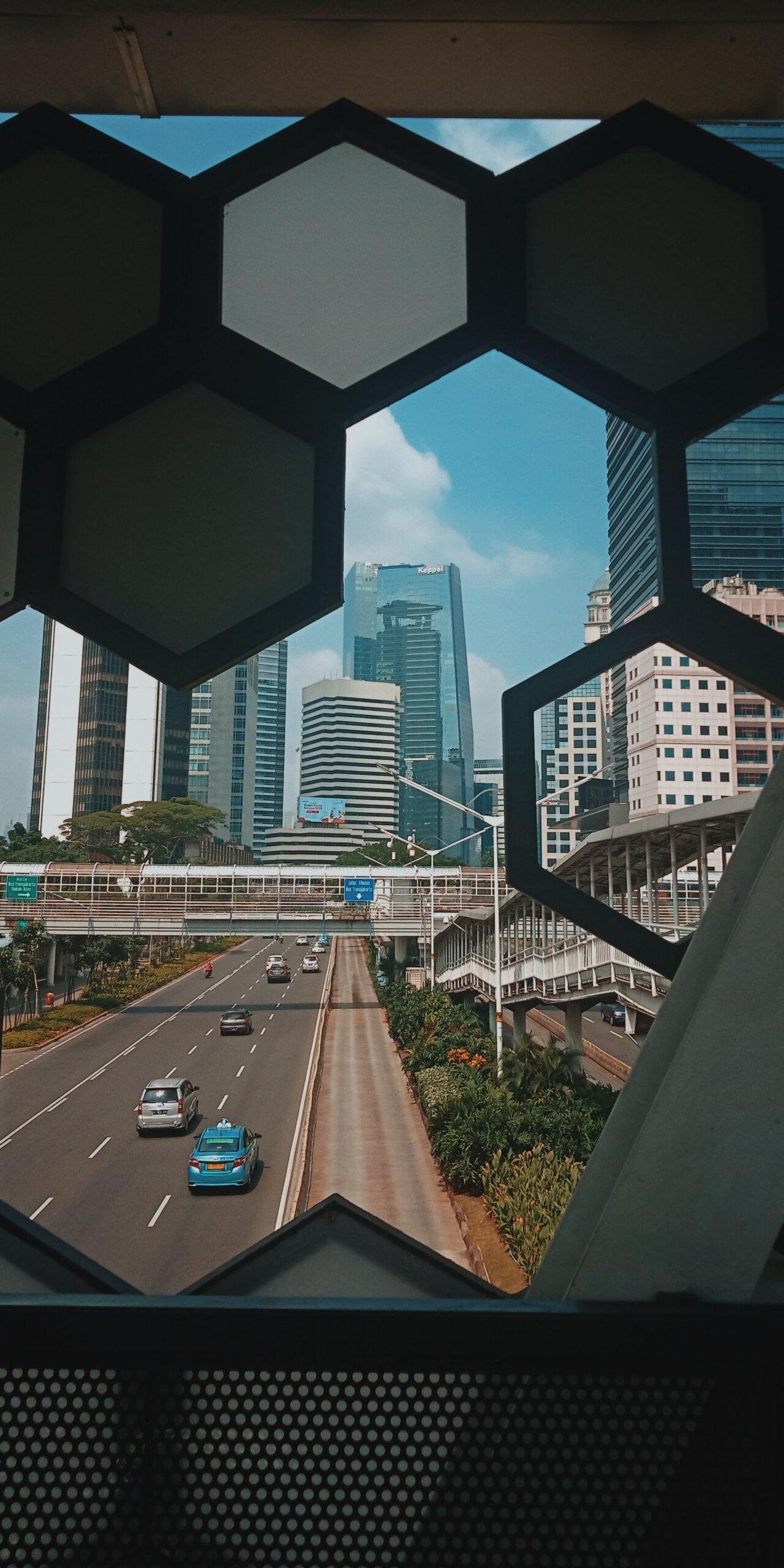 gradovi koji tonu džakarta