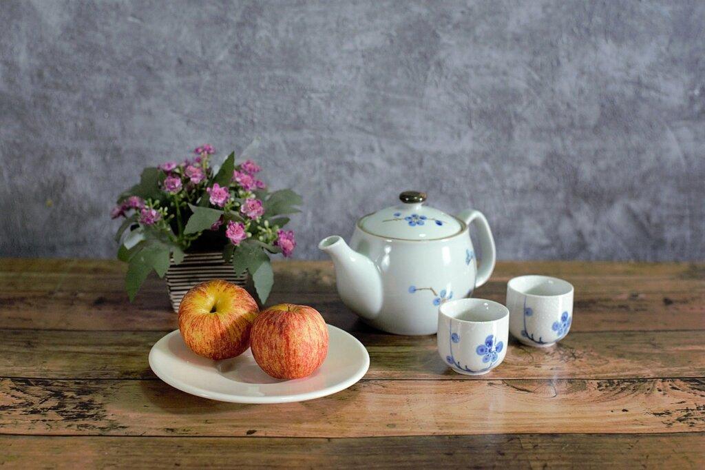 """Trend: kutak za čaj - ideja je da damo kontekst ritualima poput ispijanja čaja, osmislimo mesto za opuštanje, gde ćemo zaboraviti na """"globalne, svetske stvari"""" i uživati u ukusima."""